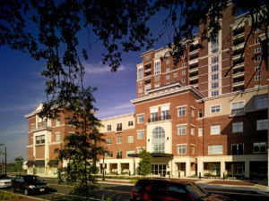 Image of Harbor's Edge Retirement Community facility - exterior