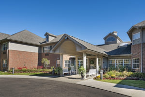 Image of American House West Bloomfield Senior Living faciility - exterior